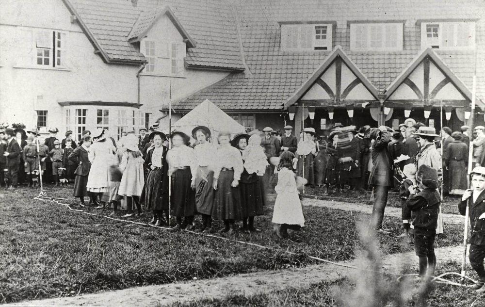 New Earswick Gala circa 1907-1908